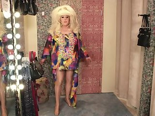 Lady Bunny styling tips to stand out