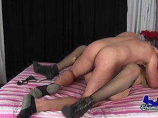 Alexa Castano & Lance Make A Porno!