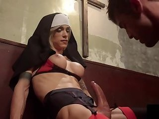 Nun Shemale inspires sex to guy