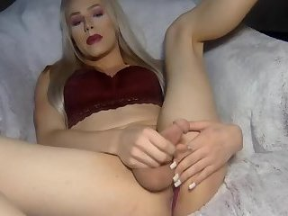 Blonde Shemale On Cam