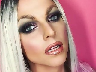 10 fishest drag queens