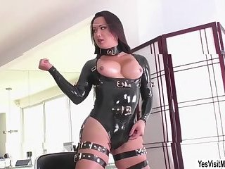 Gabriel gets her juicy ass pounded by TS Bianka shecock