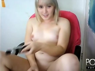 Sexy blonde shemale jerking webcam