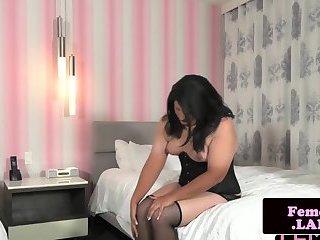 Assgaping trap in latex masturbating slowly