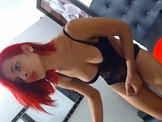 Shemale Beauty  on Cam