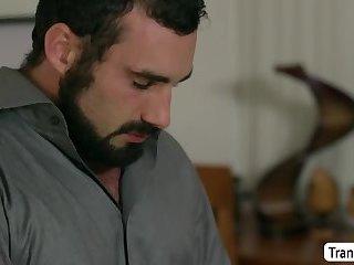 TS MILF Mandy Mitchell fucks tattoed Mike Panic juicy ass