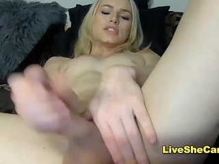 Hung blonde shemale hot camshow