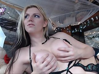 She's Fun To Watch On Webcam