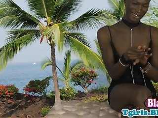Ebony tgirl teases and wanks off outdoors