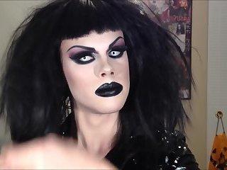 Drag queen blowjob