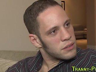 Kinky tranny hooker sucks