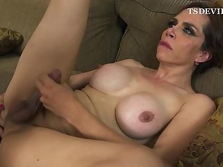 First time with Big Dick Tranny