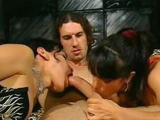Fausto Moreno fucks shemale and woman