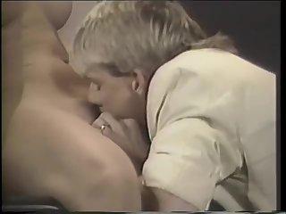 Shemale Cassandra fucks guy without condom