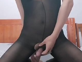 Chinese Crossdresser play with herself