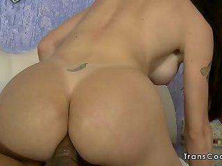 Tranny cums with cock in her ass