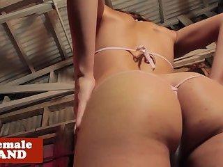Gorgeous curvy shemale solo masturbating
