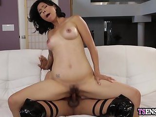 Busty domination shemale fucks a stranger females pussy