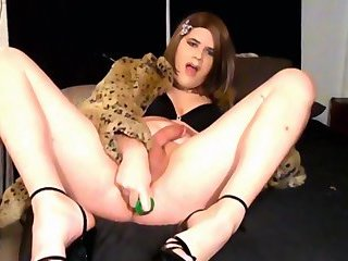 Crossdresser Bunnie Oiled Up