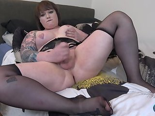 Try Out Tuesday: Kelly Quell Cums!