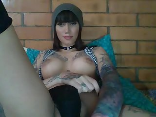 Shemale Harley_dms Stroking her Massive Cock
