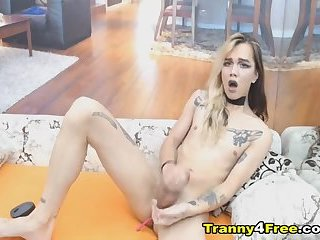Naughty Hot Tranny Stroke Her Cock