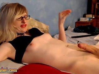 Blonde Sissy dick cumshot Cam