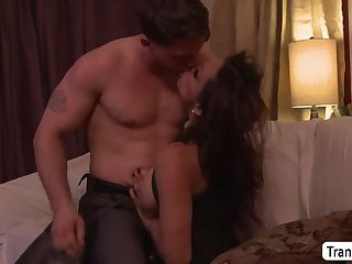 Transbabe Jessy Dubai and Roman Todd intense make up sex