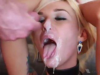 Tranny Sucking 2 dicks and cum