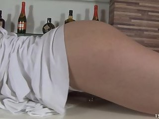 Bianca Foeppel loves to masturbate
