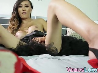 Asian shemale displays her sexy feet and groin for the fans
