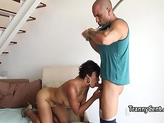Milf big booty shemale ridding cock