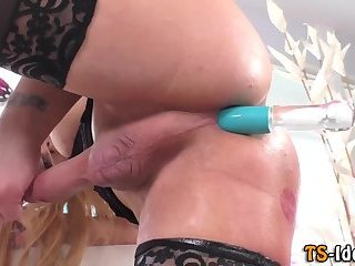 Tgirl toying her asshole