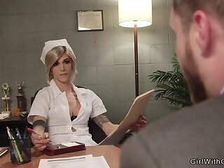 Tranny doctor anal fucks patient at psych ward