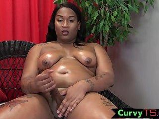 Mature nubian bbw jerking her wang