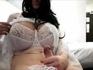 Yolana Demontfort CD TV Here Cums The Bride