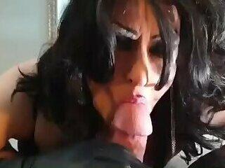 Angel UK tranny Cock sucker