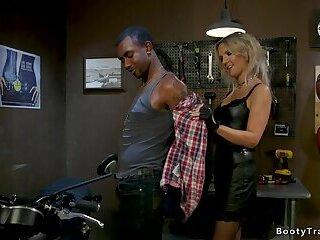 Shemale biker shop owner anal fucks black guy