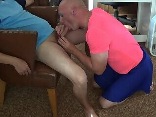 Michael Karacson Sissy CD Sucking Cock