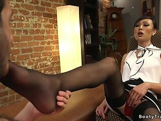 Tranny therapist anal bangs addict