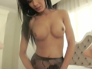 Ladyboy Jame fucks guy - cums immediately!