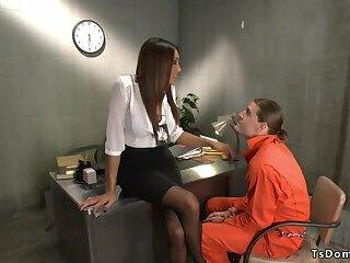Shemale detective anal fucks suspect