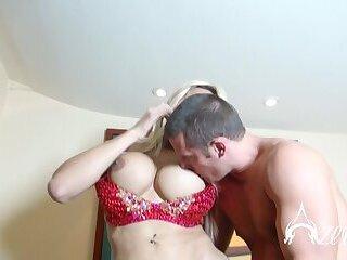 Huge cock trans Azeneth fucks