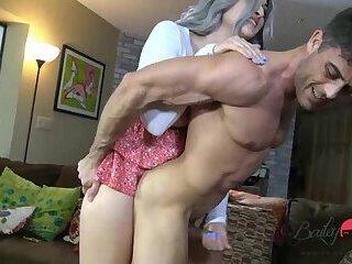 Bailey Jay: Fucking Lance Hart's Butt