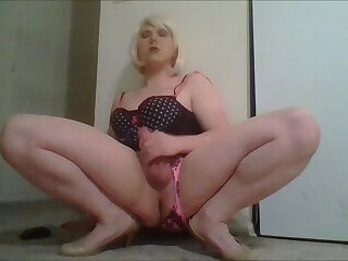 Sissy Ayla jerking to compilation