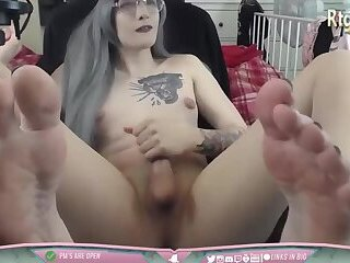 feet fetish shemale Danielle webcam shows off