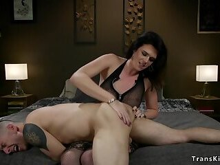 Task app guy anal fucked by shemale