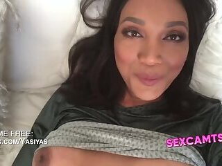 Ladyboy Yasmine webcam Cumshot
