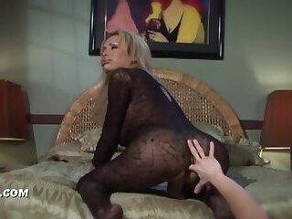 Big tits blonde gets creampie