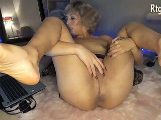 big ass milf tranny booty bouncing